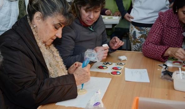 Municipio de Viña del Mar ofrece talleres de confección de productos alusivos a la Copa América