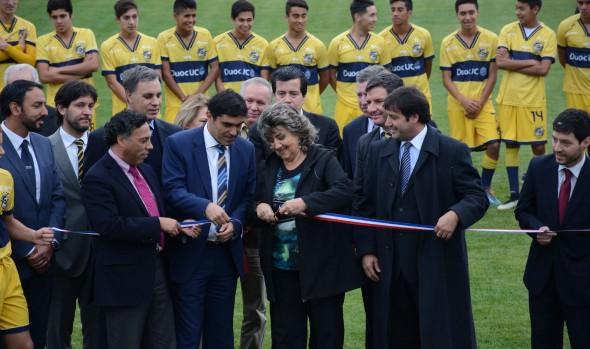 Nuevo complejo deportivo de Everton fue inaugurado por alcaldesa Virginia Reginato