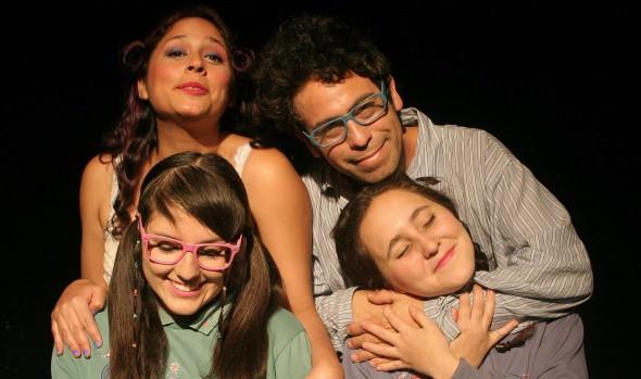 """Municipalidad de Viña del Mar presenta obra teatral """"Falsas Tumbas"""" en el Cine Arte de Viña del Mar"""