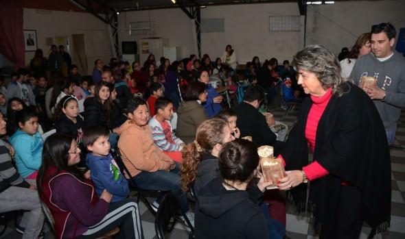 Municipio de Viña del Mar brindó función gratuita de cine infantil en Chorrillos