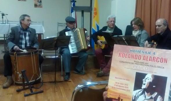 Invitación  a presentación de grupo Peuco, que rendirá homenaje a Rolando Alarcón realizó alcaldesa Virginia Reginato