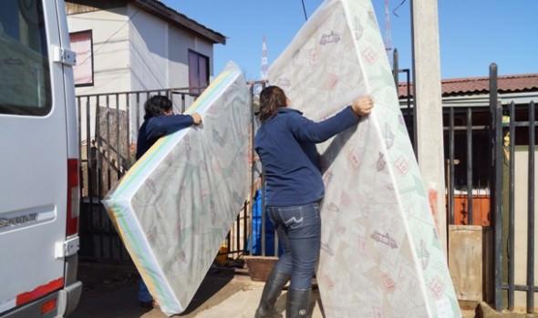 Municipalidad de Viña del Mar continúa entregando ayuda social a familias afectadas por temporal