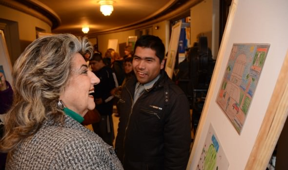 Personas con capacidades especiales participaron con gran éxito en concurso de pintura organizado pr el Municipio de Viña del Mar