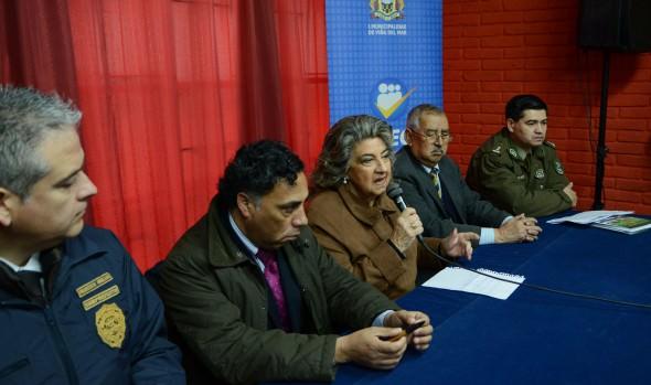 Alcaldesa Virginia Reginato plantea urgencia de modificar leyes para enfrentar la delincuencia
