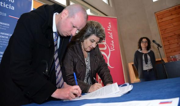 Artequin Viña del Mar y Sename firman importante convenio de colaboración para que niños visiten museo interactivo