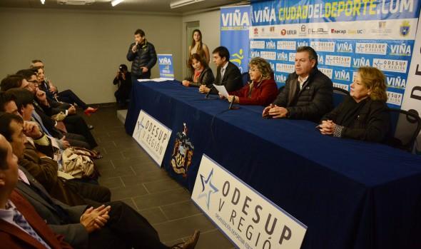 10 instituciones de Educación Superior participan en los juegos Odesup 2015 que fueron lanzados por alcaldesa Virginia Reginato