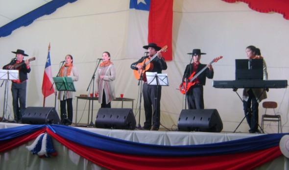Conjunto folclórico Voces Porteñas dará bienvenida al mes de la patria en XI Temporada Cultura en Familia de Viña del Mar