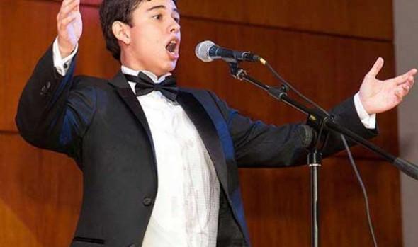 Municipalidad de Viña del Mar invita a recital del tenor Vicente Muñóz en el foyer del Teatro Municipal