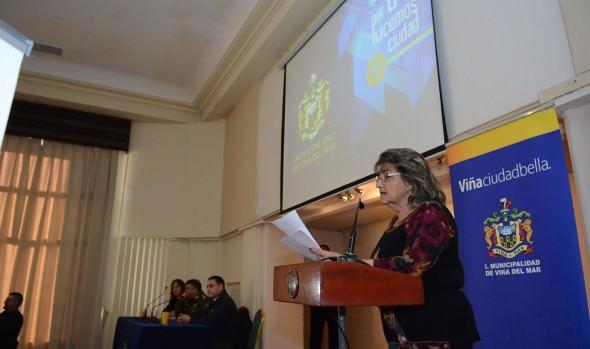 Cruzada contra la delincuencia en Viña del Mar lidera alcaldesa Virginia Reginato