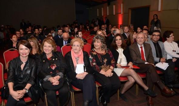 Exclusiva filmografía del cine Latinoamericano se exhibe en FICVIÑA 2015 que fue inaugurado por alcalde Virginia Reginato