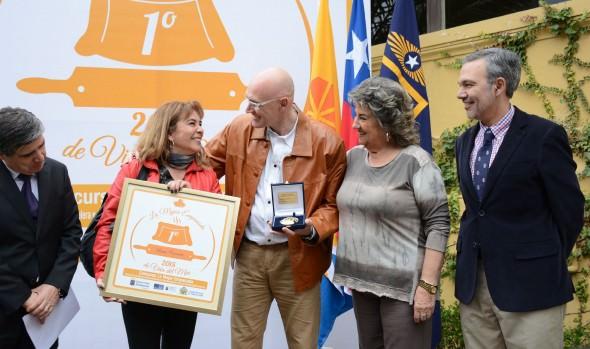 Municipalidad de Viña del Mar premió a las mejores empanadas de pino de la ciudad