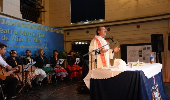En Viña del Mar se realizó Misa a la chilena encabezada por alcaldesa Virginia Reginato, con emotiva ofrenda folclórica