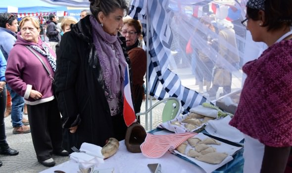 Junta de Vecinos el Esfuerzo de Forestal gana concurso de empanadas organziado por el municipio de Viña del Mar