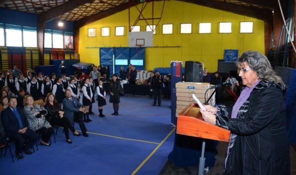 Más de mil estudiantes viñamarinos de 7º básico fueron beneficiados con un computador portátil