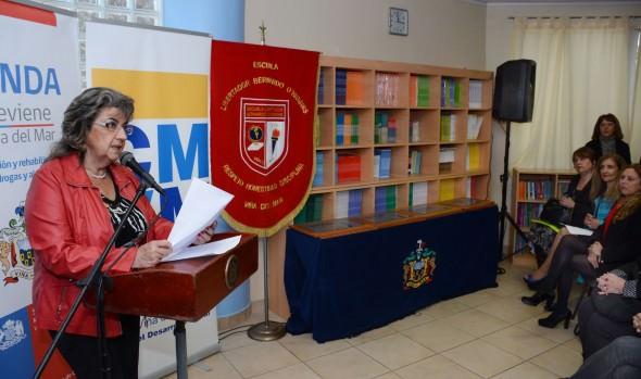 Establecimientos educacionales viñamarinos reciben certificación del Senda y municipio de Viña del Mar en programa de prevención