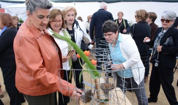 Muestra que mezcla flores con material reciclado ofrece Viña del Mar para este fin de semana