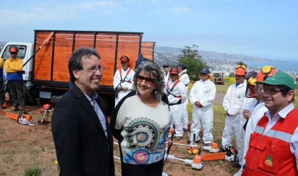 Municipio de Viña del Mar entrega $23 millones al básquetbol y anunció construcción de multicancha en Reñaca Alto