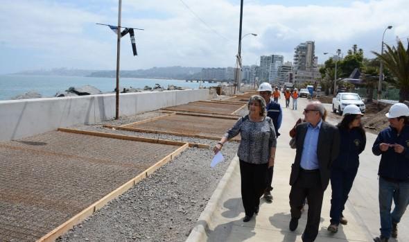 Remodelación de  tramo de Av. Perú presenta 60% de avance confirmó alcaldesa Virginia Reginato
