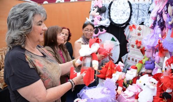 """""""Feria Navideña 2015"""" ofrece novedosos y atractivos productos de emprendedores locales"""