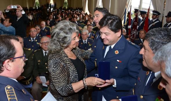En nuevo aniversario institucional alcaldesa Virginia Reginato destacó labor del cuerpo Bomberos de Viña del Mar