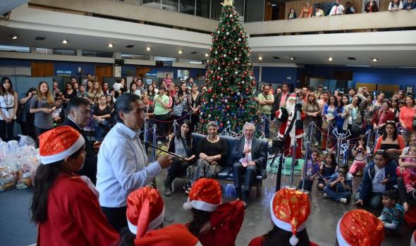 Alcaldesa Virginia Reginato entregó afectuoso saludo de Navidad