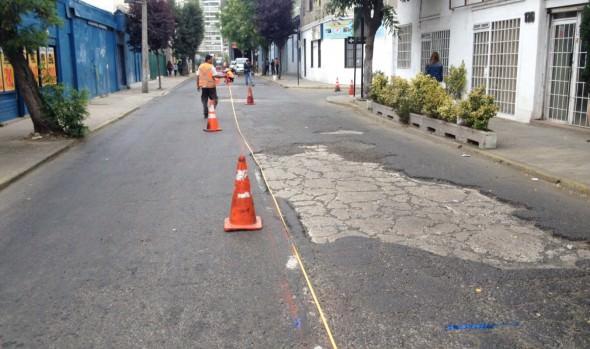 Municipio de Viña del Mar realiza recarpeteo en calle Crucero