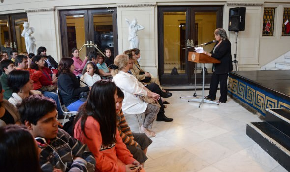 39 familias viñamarinas recibieron subsidios habitacionales de parte de alcaldesa Virginia Reginato