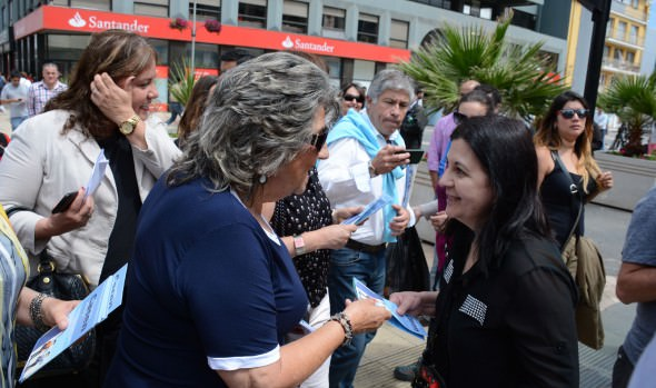 Seremi de Desarrollo Social y alcaldesa Virgnia Reginato realizan llamado para responder encuesta CASEN