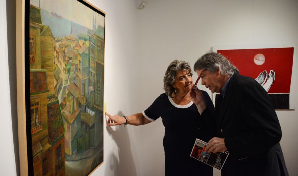 Exposición por 80 años de Escuela de Bellas Artes inauguró alcaldesa Virginia Reginato