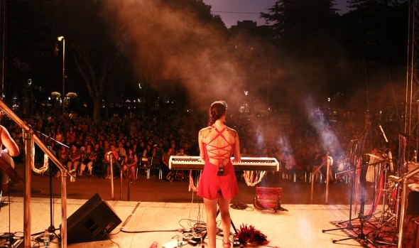 Municipalidad de Viña del Mar presentó con gran éxito concierto de Pascuala Ilabaca