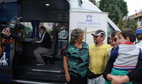 Municipalidad de Viña del Mar impulsa atención judicial a través del Bus de la Justicia