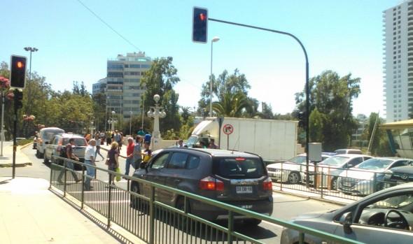 Municipalidad de Viña del Mar habilitó 3 semáforos peatonales  en complicados cruces