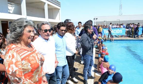"""Jurados del Festival visitaron a vecinos de Nueva Aurora en cierre del Programa """"Verano Entretenido en Familia"""""""