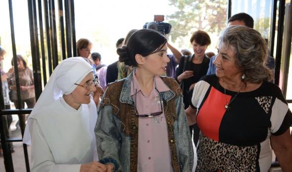 Miembros del jurado del Festival compartieron con adultos mayores de Viña del Mar