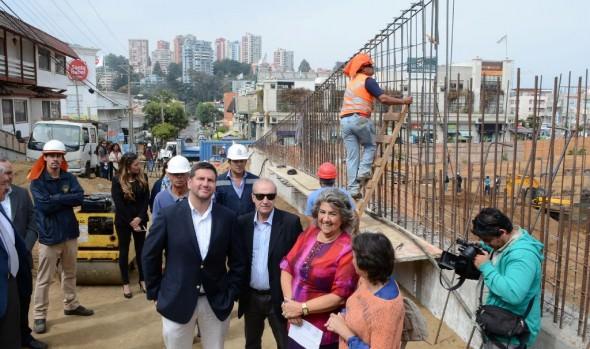 Construcción de nueva vía en Reñaca presenta cerca de un 50 % de avance