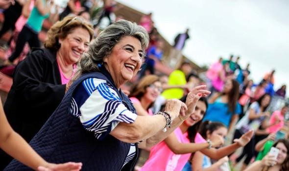 Con  master class de zumba, en que participó alcaldesa Virginia Reginato, mujeres celebraron su día en Viña del Mar