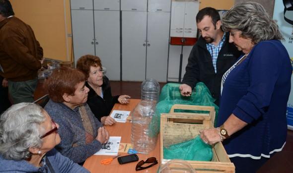 Municipio impartirá talleres gratuitos de  lombricultura en sedes vecinales de Viña del Mar