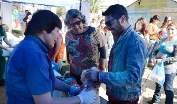 Vecinos de Santa Julia en Viña del Mar recibieron importante ayuda con programa municipal de operativos sociales