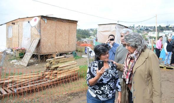 Municipio de Viña del Mar entregó ayuda humanitaria a afectados por sistema frontal