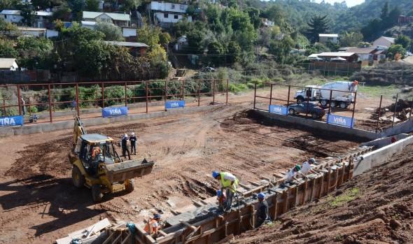 Un avance del 50% tiene nueva multicancha de Villa Hermosa, informó alcaldesa Virginia Reginato