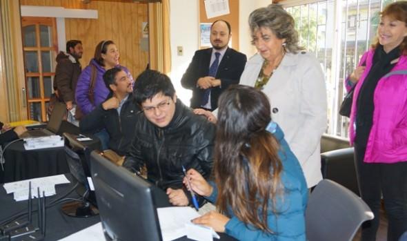 Reiteran apoyo  gratuito que brinda Municipio es de Viña del Mar a contribuyentes  para  Operación  Renta