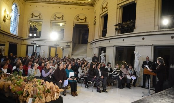 Municipio de Viña del Mar certificó a 150 mujeres de Centros de Madres que se capacitaron en distintos cursos