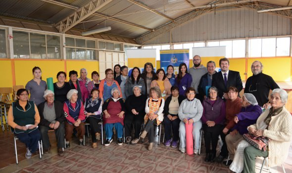 Adultos mayores de Viña del Mar se benefician con programa que les ayuda a mejorar su calidad de vida