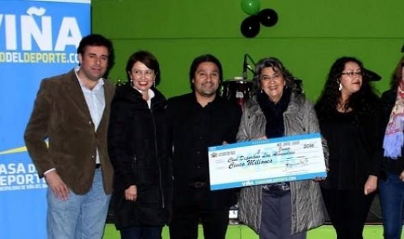 Festejo de los  53 años de existencia del club deportivo Los Almendros encabezó  alcaldesa Virginia Reginato