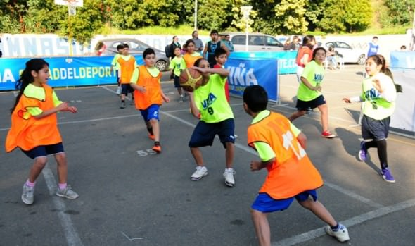 Con encuentros pre deportivos Municipalidad de Viña del Mar incentiva a menores a hacer actividad física