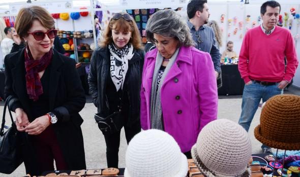 Municipalidad de Viña del Mar invita a ponerle color al invierno con Feria Microempresarial