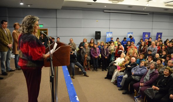Con muestra de servicios y programas, municipio de Viña del Mar potencia red de apoyo para los  adultos mayores