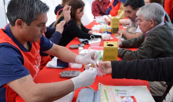 Municipio de Viña del Mar realizó operativo con exámenes gratuitos para prevenir enfermedades cardiovasculares