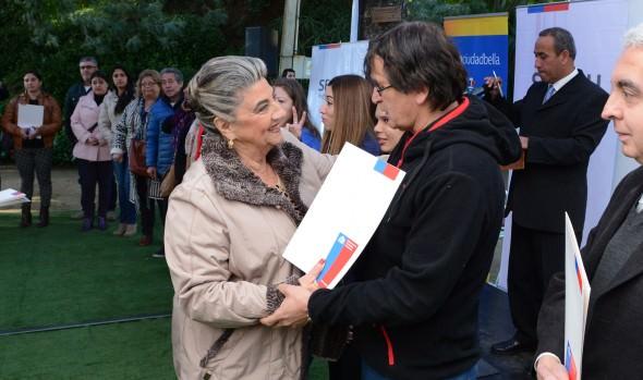 177 familias recibieron subsidios de parte de alcaldesa Virginia Reginato y Serviu