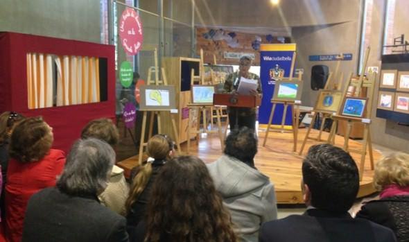 Menores que dibujaron sus derechos más  importantes fueron premiados por alcaldesa Virginia Reginato